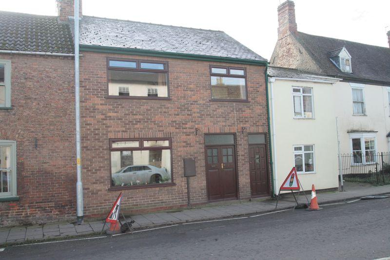 3 Bedrooms Terraced House for sale in High Street, Donington