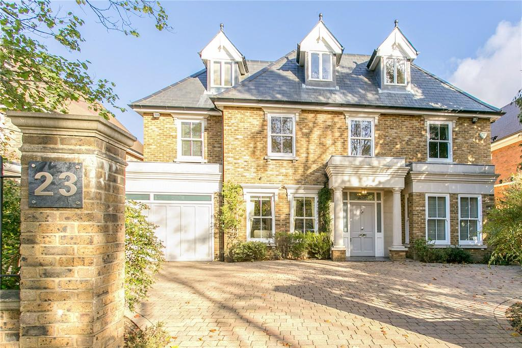 4 Bedrooms Detached House for sale in Wolsey Road, East Molesey, Surrey, KT8