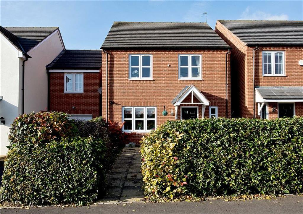 4 Bedrooms Detached House for sale in 74, Brickbridge Lane, Wombourne, Wolverhampton, South Staffordshire, WV5