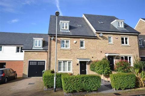 Aragon Mews Epping Essex Cm16 5 Bed Semi Detached House