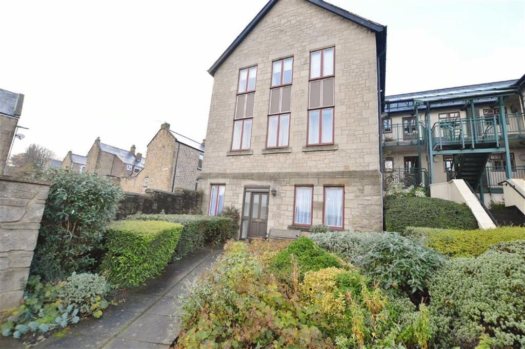 1 Bedroom Flat for sale in Cheviot Court, Blaydon