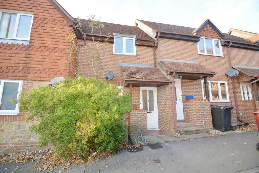 2 Bedrooms Maisonette Flat for sale in Tavern Court, Fernhurst, HASLEMERE, West Sussex