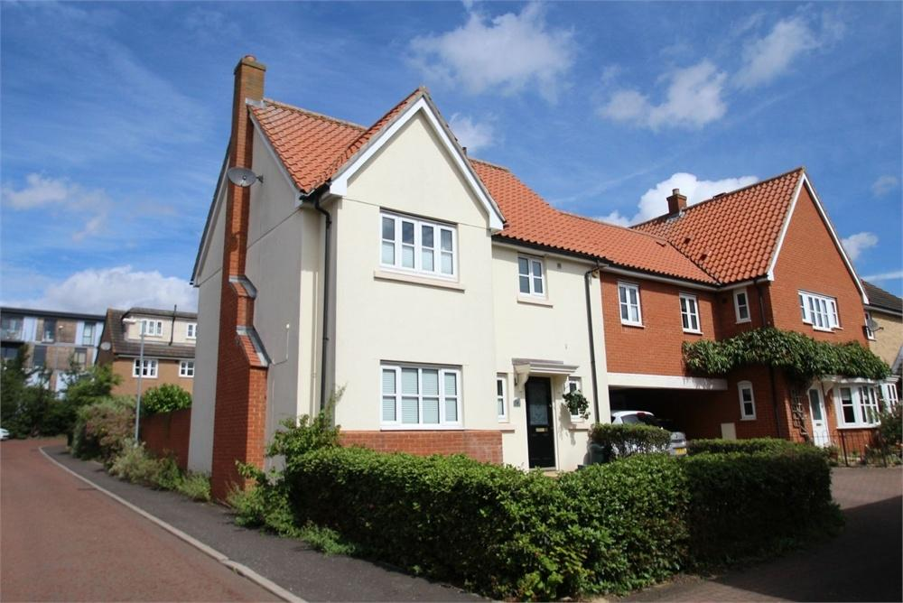 4 Bedrooms Detached House for sale in Cranborne Close, COLCHESTER, Essex