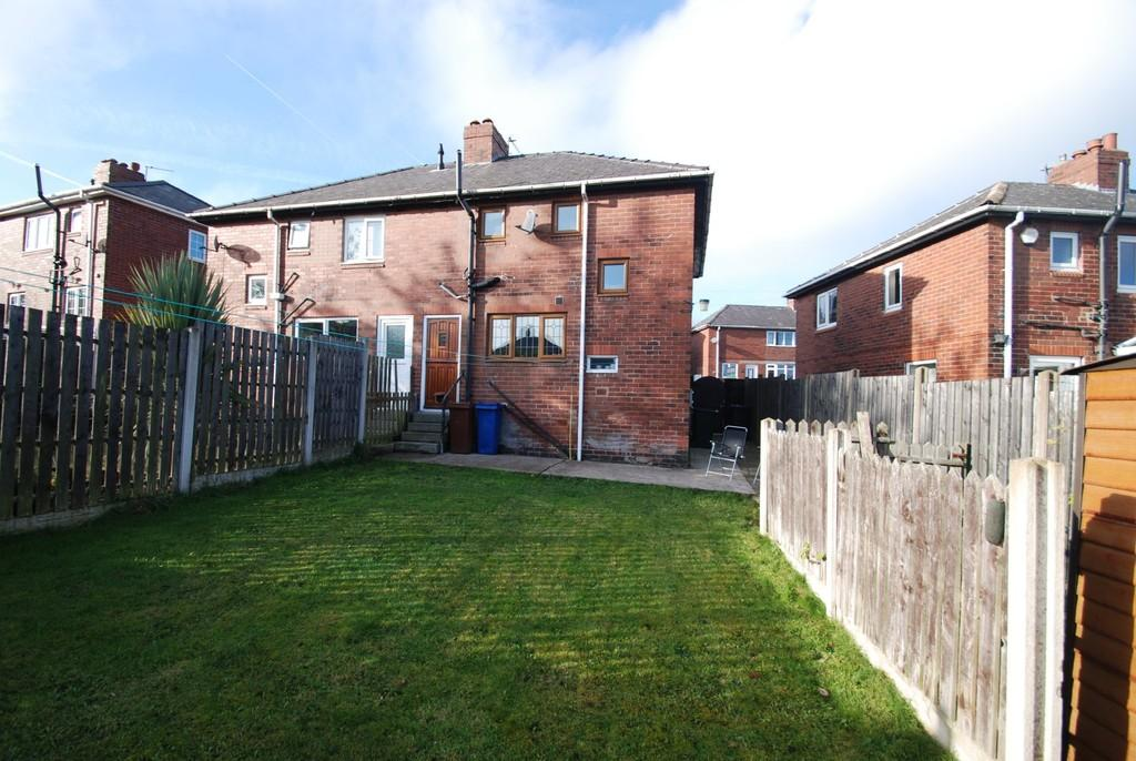 2 Bedrooms Semi Detached House for sale in Highstone Vale, Barnsley S70