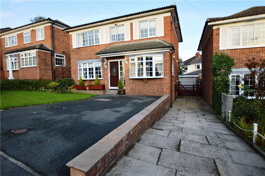 4 Bedrooms Detached House for sale in Churchfield Croft, Rothwell, Leeds, West Yorkshire