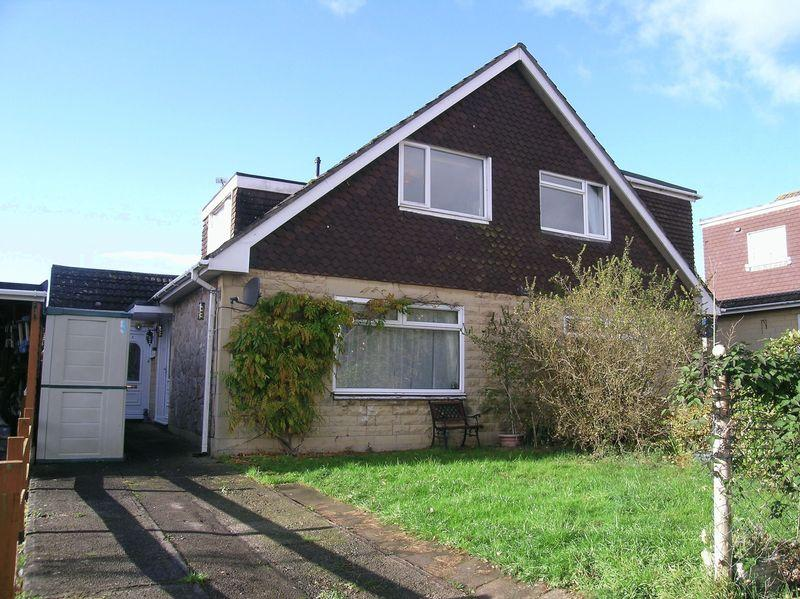 3 Bedrooms Semi Detached House for sale in Westwood
