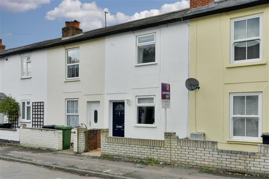 2 Bedrooms Terraced House for sale in Adelphi Road, Epsom, Surrey
