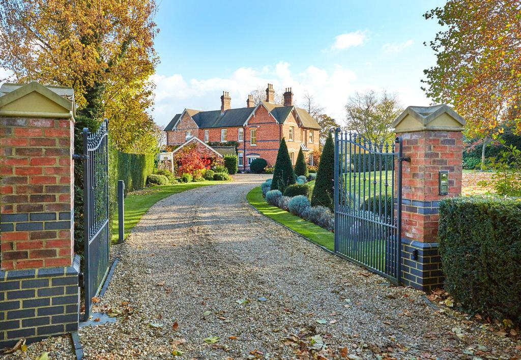 6 Bedrooms Detached House for sale in Elmley Castle, Pershore, Worcestershire
