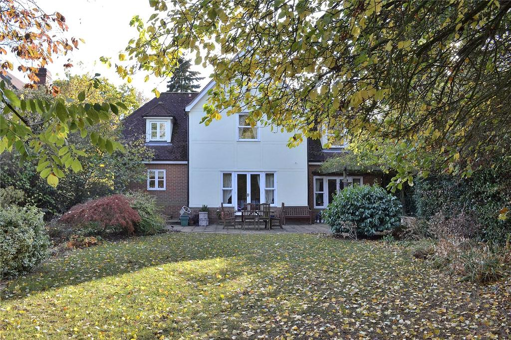 5 Bedrooms Detached House for sale in The Laurels, Queenborough Lane, Braintree, Essex