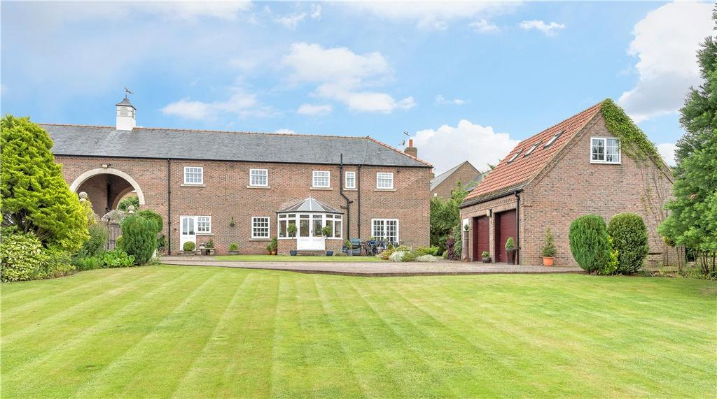 4 Bedrooms House for sale in The West Wing, 4 North Fields, Bickerton, Near Wetherby, LS22