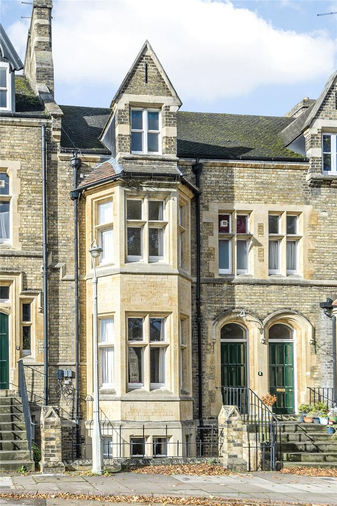 4 Bedrooms Unique Property for sale in Minster Precincts, Peterborough, PE1