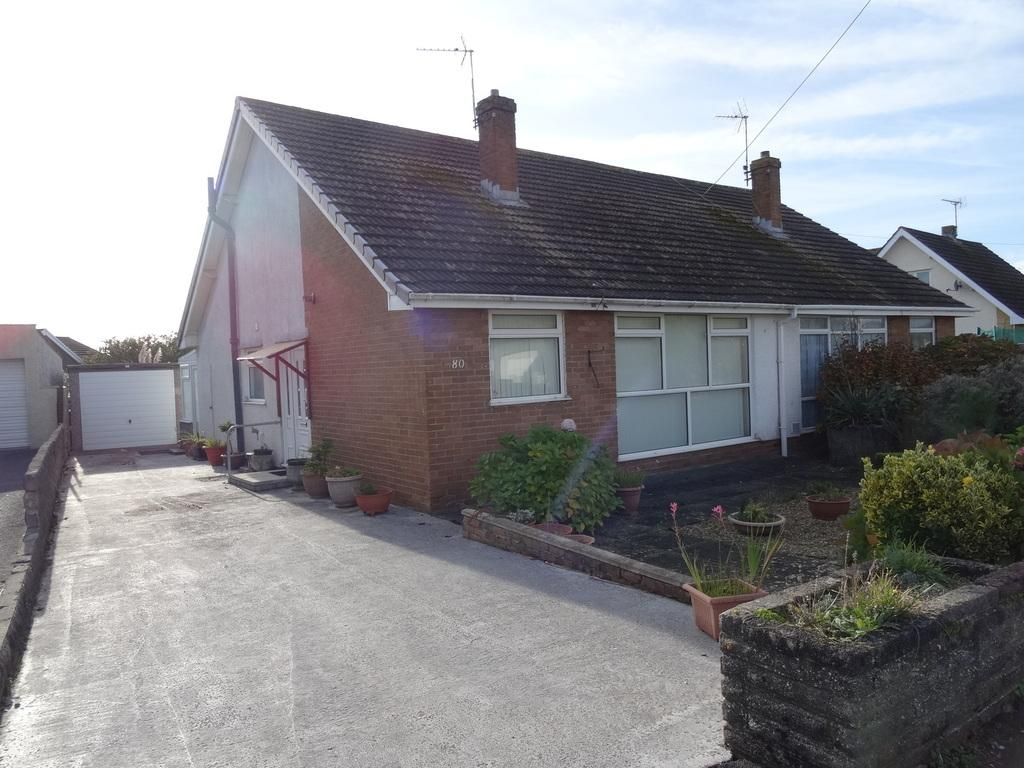 2 Bedrooms Semi Detached Bungalow for sale in WEST END AVENUE, NOTTAGE, PORTHCAWL, CF36 3NG