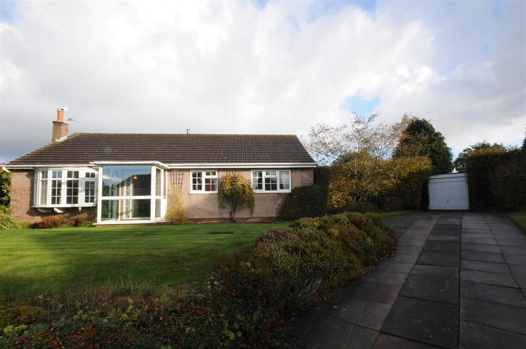 3 Bedrooms Detached Bungalow for sale in Hunters Hill, Kingsley