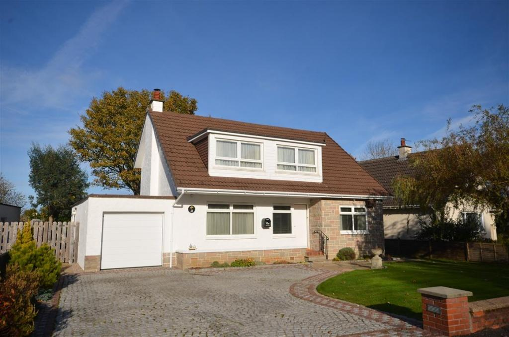3 Bedrooms Detached Bungalow for sale in 31 Mount Charles Crescent, Alloway, KA7 4PA