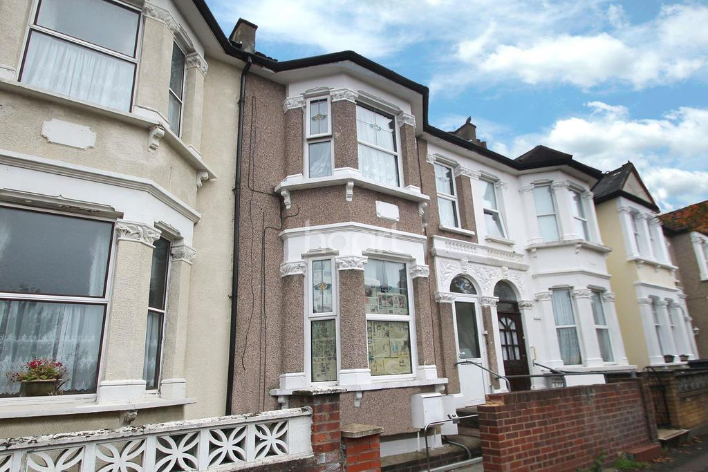 4 Bedrooms Terraced House for sale in First Avenue, Walthamstow