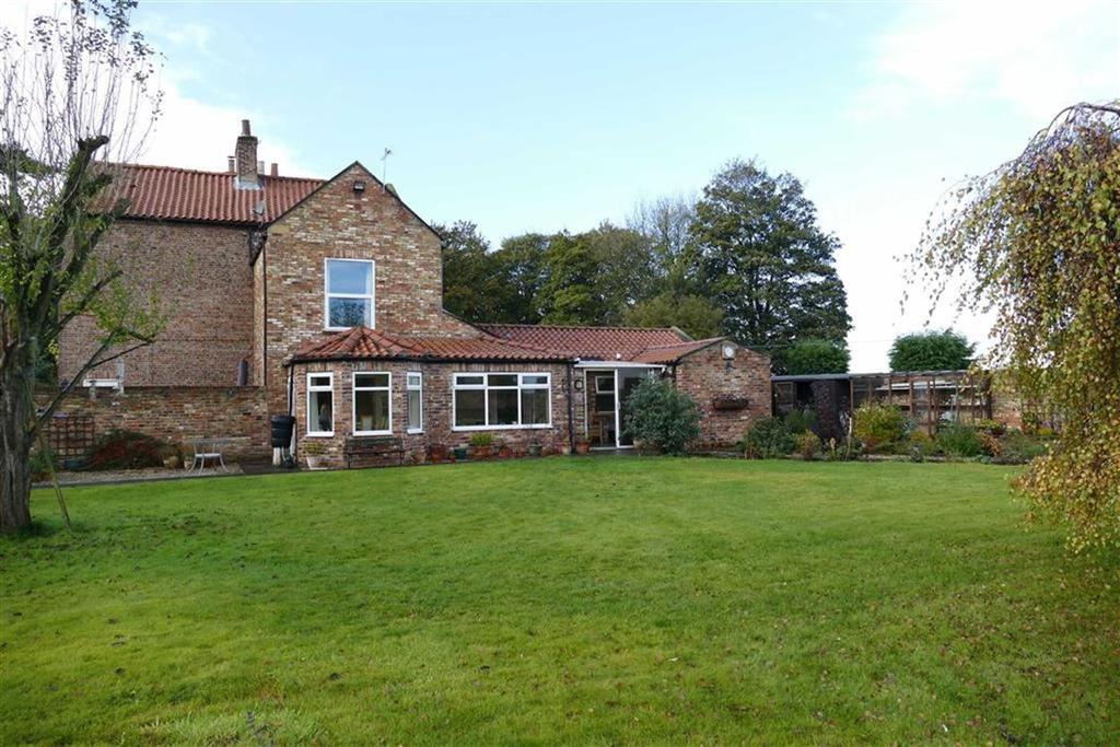 2 Bedrooms Cottage House for sale in The Hollies, Holme On Spalding Moor