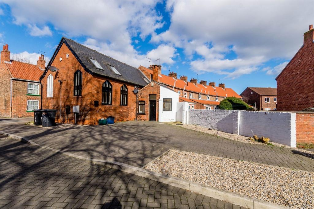 2 Bedrooms Semi Detached House for sale in The Chapel, Millgate, SELBY, North Yorkshire