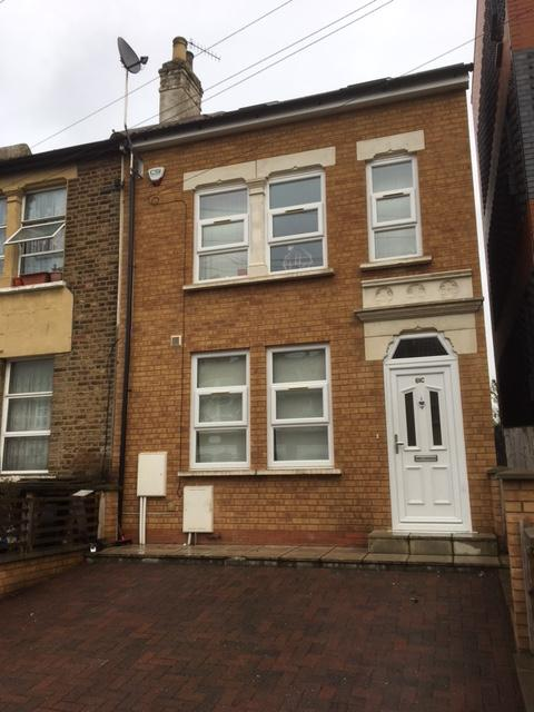 4 Bedrooms House for sale in Station Grove, Wembley, Wembley Park, HA0