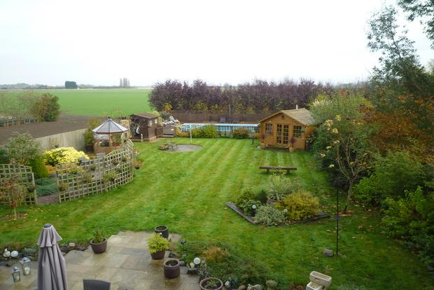 5 Bedrooms Detached House for sale in Hollycroft Road, Emneth, PE14