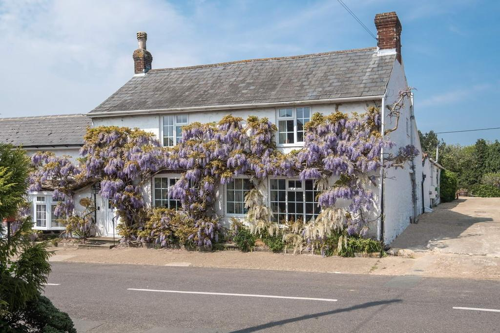 5 Bedrooms Cottage House for sale in Newchurch, Isle of Wight