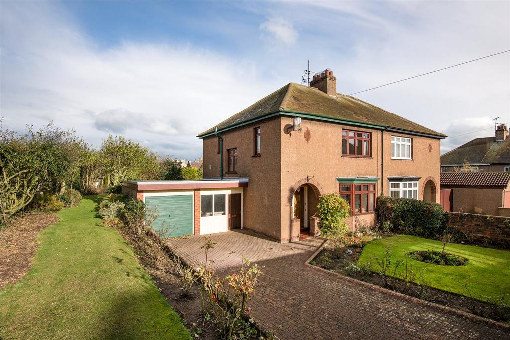 3 Bedrooms Semi Detached House for sale in Windsor Crescent, Berwick-upon-Tweed, Northumberland