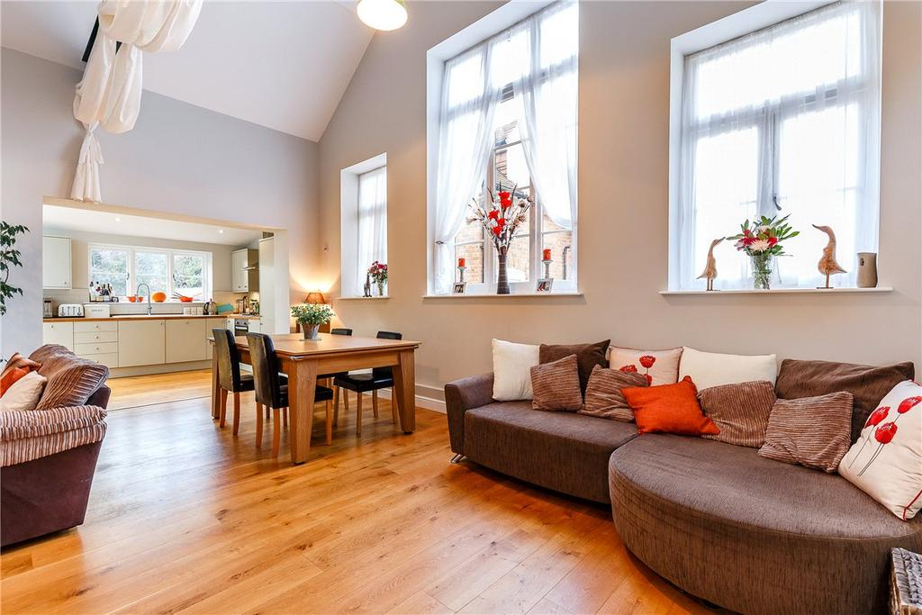 3 Bedrooms Semi Detached House for sale in Duck Street, Abbotts Ann, Andover, Hampshire, SP11