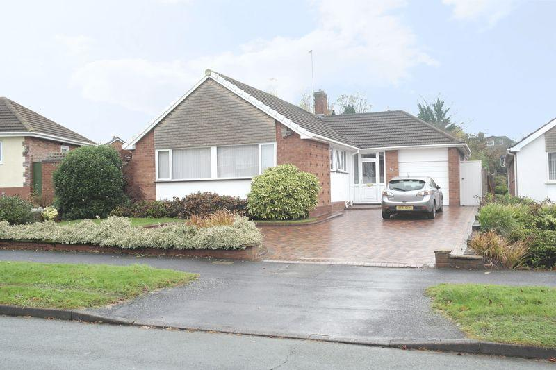 3 Bedrooms Detached Bungalow for sale in Norman Road, Walsall