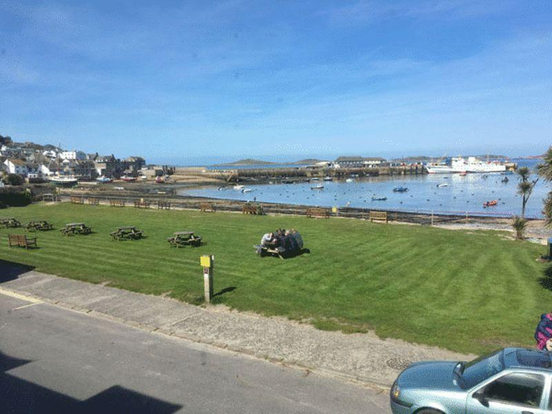3 Bedrooms Terraced House for sale in Lower Strand, Isles Of Scilly
