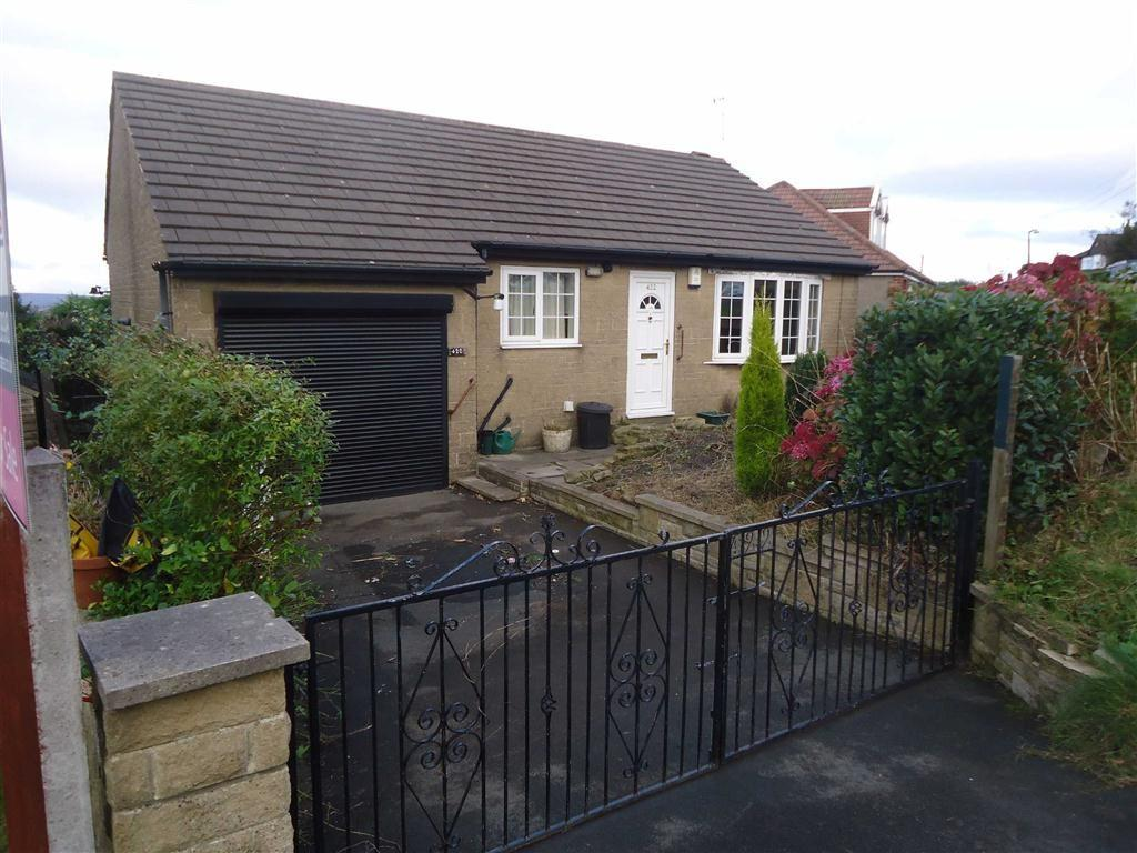 2 Bedrooms Detached Bungalow for sale in Beacon Road, Bradford, West Yorkshire, BD6