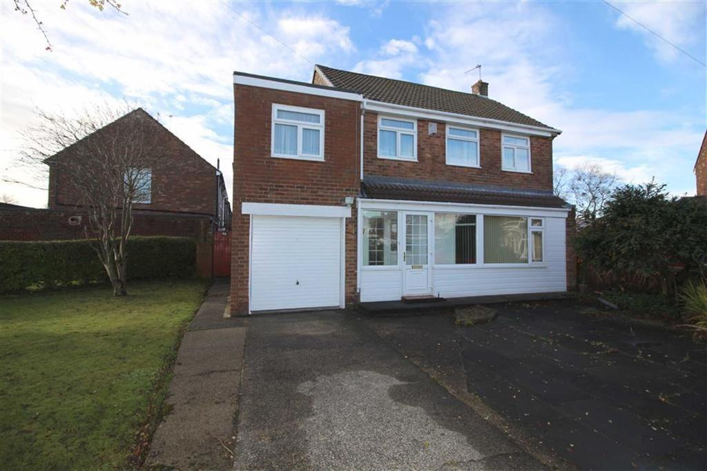 4 Bedrooms Detached House for sale in Angerton Avenue, Shiremoor, Tyne Wear