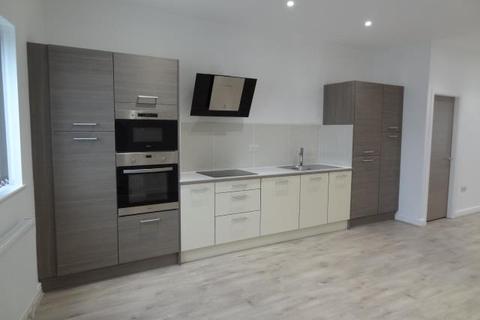 3 bedroom flat to rent - MAIN STREET, SHADWELL, LEEDS