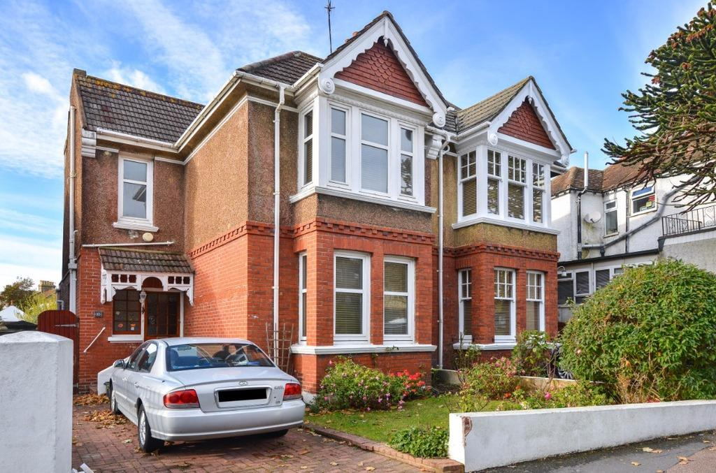 3 Bedrooms Semi Detached House for sale in Tower Road Brighton BN2