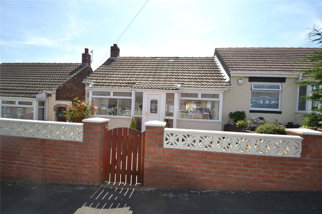 2 Bedrooms Semi Detached Bungalow for sale in Edward Avenue, Horden, SR8