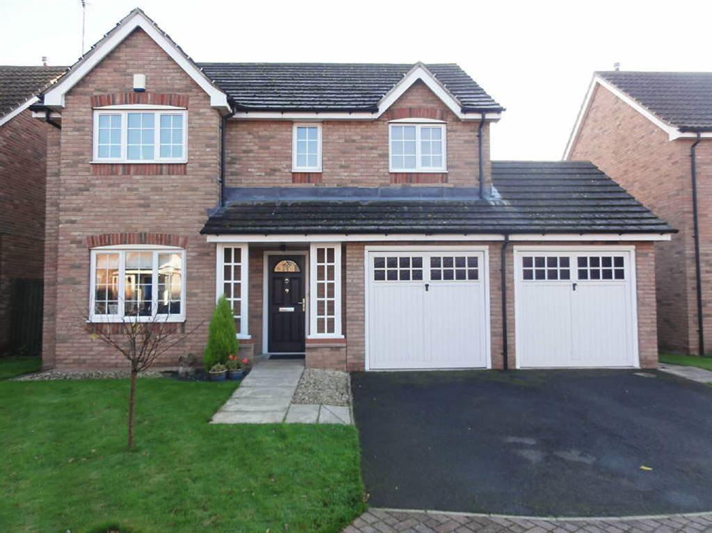 4 Bedrooms Detached House for sale in Hopyard Court, Howden, East Yorkshire