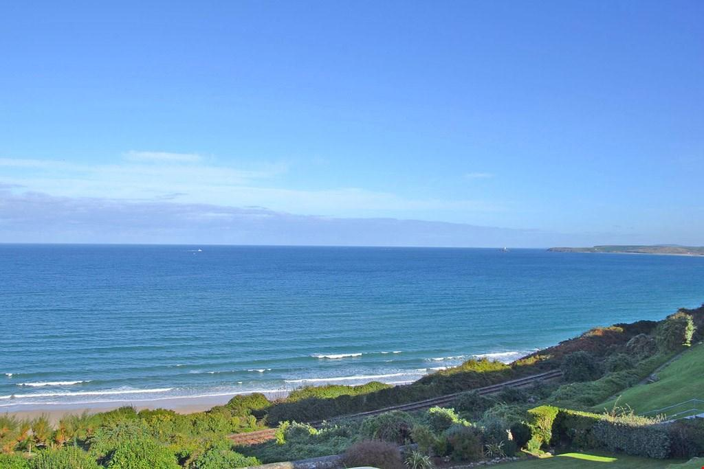 3 Bedrooms Terraced House for sale in Above Carbis Bay beach, Nr. St Ives, West Cornwall, TR26