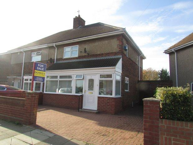 3 Bedrooms Semi Detached House for sale in DAVISON DRIVE, WEST VIEW, HARTLEPOOL
