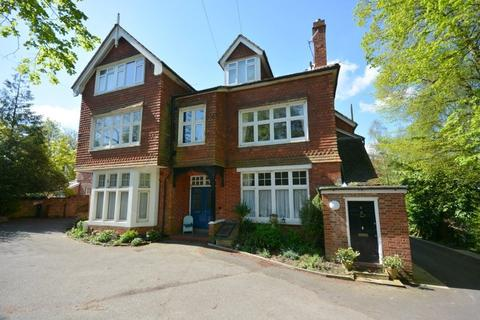 2 bedroom flat to rent - Sandhurst Road, Tunbridge Wells