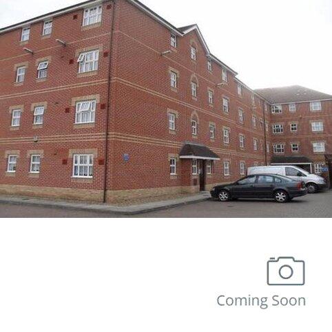 1 bedroom ground floor flat to rent - Honeysuckle Court, Ilford ig1