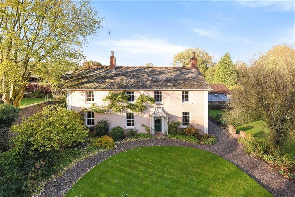 5 Bedrooms Detached House for sale in Ford, Ford, Taunton, Somerset, TA4