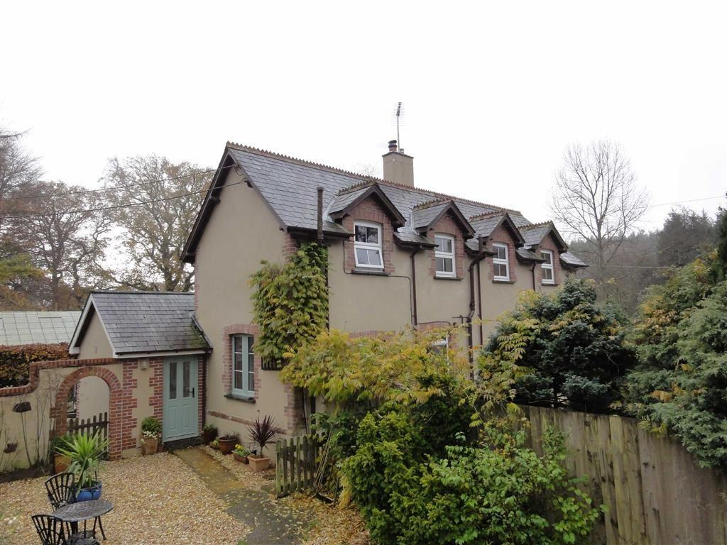 5 Bedrooms Detached House for sale in Buckland Filleigh, Buckland Filleigh, Beaworthy, Devon, EX21
