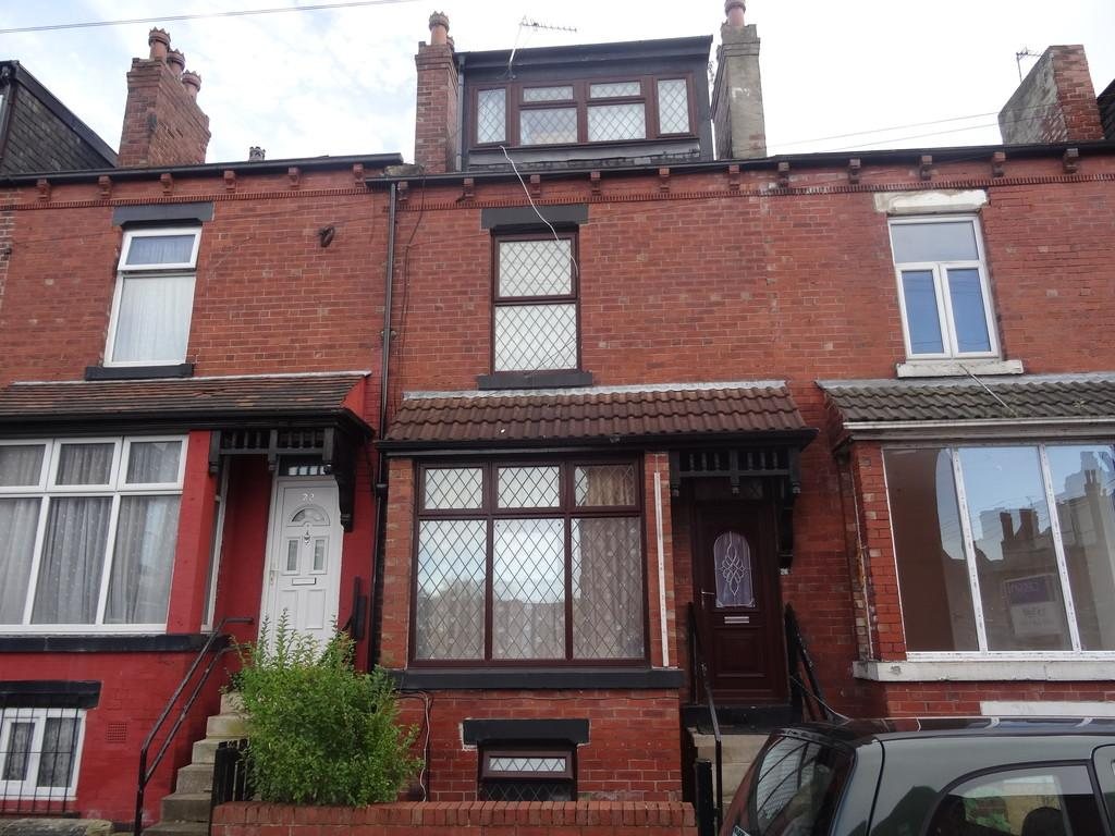 4 Bedrooms Terraced House for sale in Hill Top Avenue - Harehills