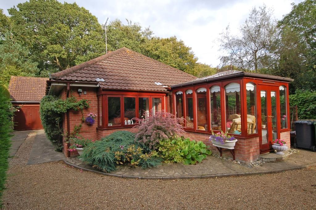 3 Bedrooms Detached Bungalow for sale in Beechwood Avenue, Aylmerton