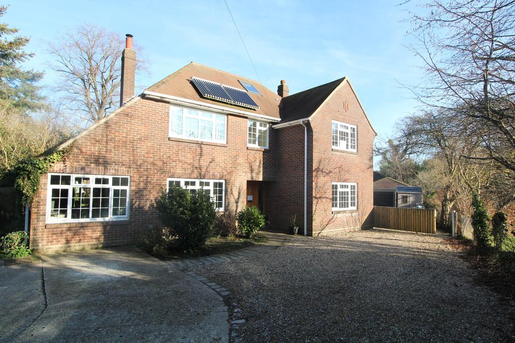 4 Bedrooms Detached House for sale in Park Road, Purbrook