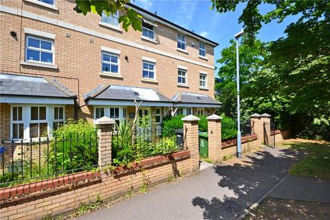 3 bedroom end of terrace house to rent - Rustat Road, Cambridge, Cambridgeshire, CB1