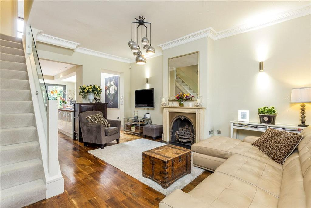3 Bedrooms Terraced House for sale in Whittingstall Road, Fulham, London, SW6