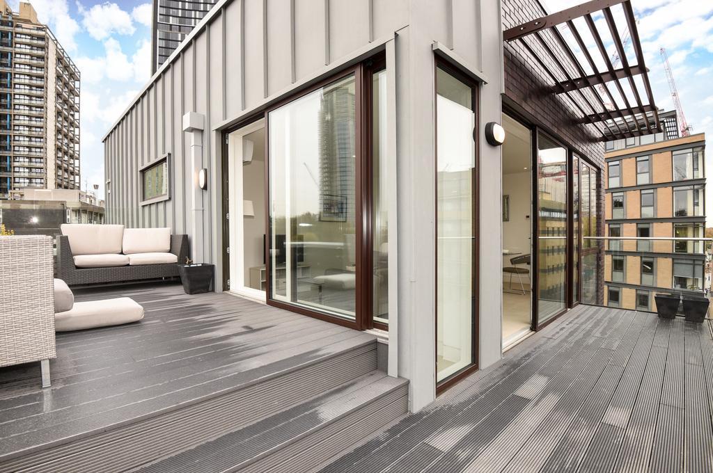 3 Bedrooms Flat for sale in Randall Court, Steedman Street, SE17