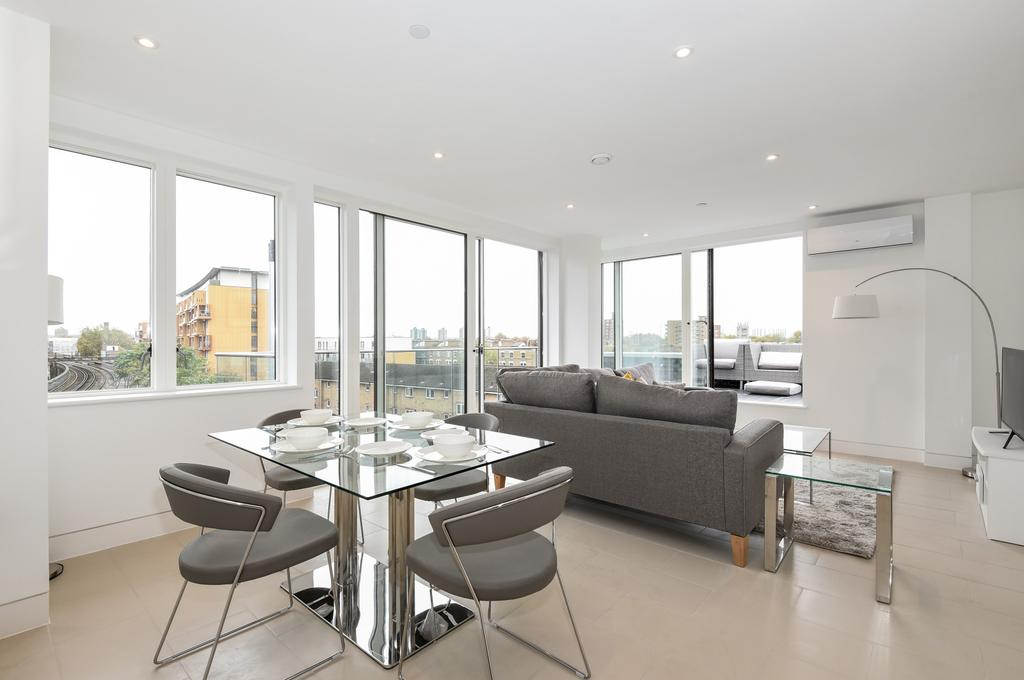 3 Bedrooms Flat for sale in Randall Court, Steedman Street, SE17