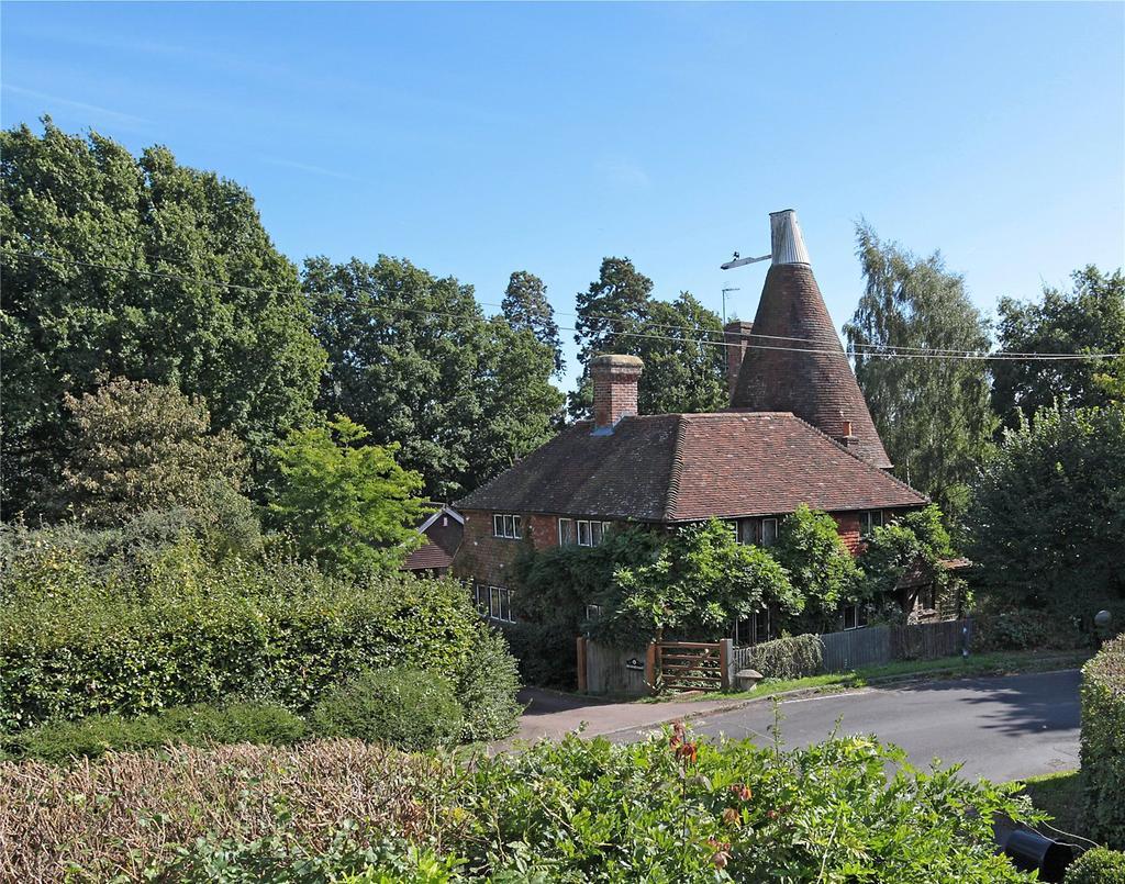 4 Bedrooms Detached House for sale in Saints Hill, Penshurst, Tonbridge, Kent, TN11