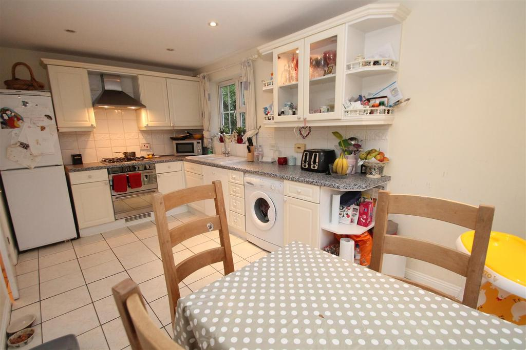 4 Bedrooms Detached House for sale in Brooker Close, Boughton Monchelsea, Maidstone
