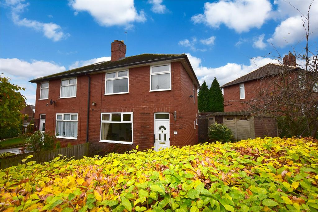 3 Bedrooms Semi Detached House for sale in Firth Grove, Leeds, West Yorkshire, LS11
